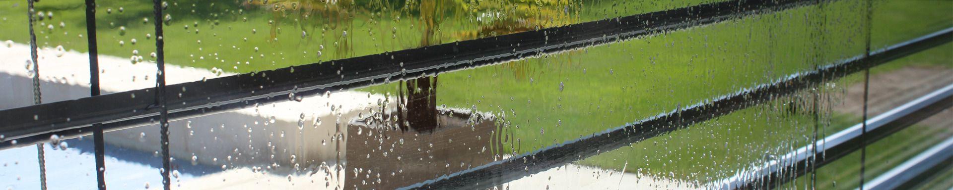 Glas und fassadenreinigung luso reinigugn gmbh for Fenster nass
